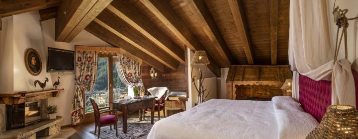 Chalet A Cogne Ai Piedi Del Gran Paradiso Bellevue Hotel Spa